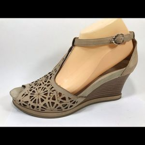 Earthies Casella Biscuit Leather Sandals 11B Wedge